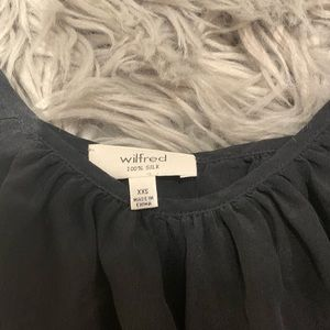 Wilfred Tops - Wilfred black flowing tank from aritzia